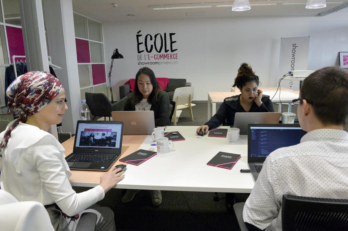En mars 2017, la fondation shoowroomprivé.com a installé son école de formation gratuite au coeur du pôle d'excellence dédié au e-commerce, Bl@nchemaille by Euratechnologies.