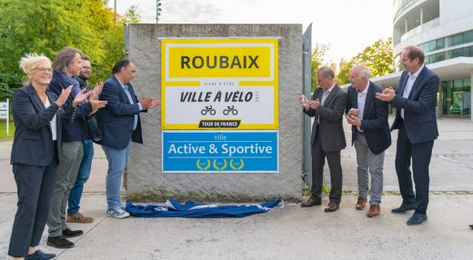 Dévoilement de la plaque Roubaix Ville à Vélo